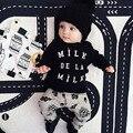 2016 Мода Детская Одежда Набор Одежды для Мальчиков В Соединении С Детским Менин Девочка Набор Майо де Ног Франция детская костюмы