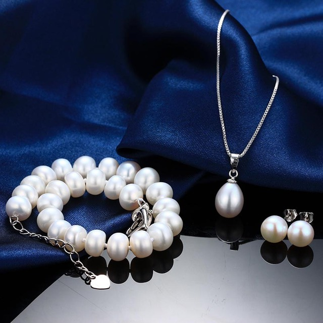925 Sterling Silver Jewelry Set Necklace, Bracelet and Earrings with Natural Freshwater Pearls