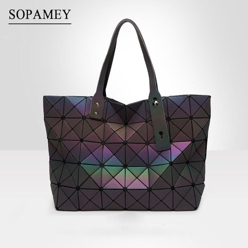 Nuevo Bao bolso mujeres cadena luminoso sac bao bolsa diamante geometría hombro Plain plegable bolsa de mensajero bolso baobag