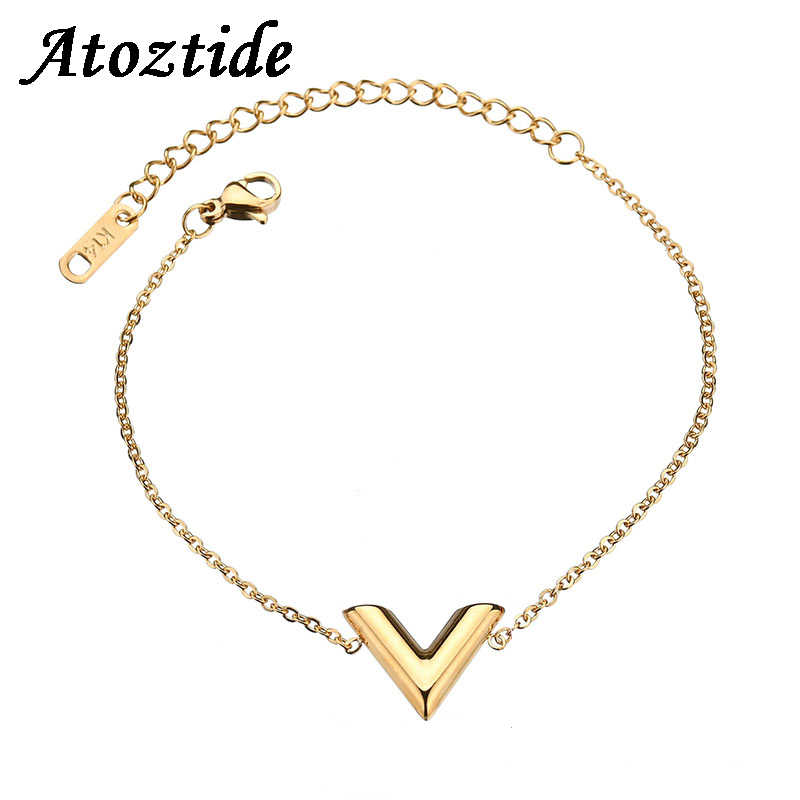 Atoztide Simple Stainless Steel Letter V Bracelets For Women Adjustable Round Gold/Silver Color Initial Bangle Wedding Gift
