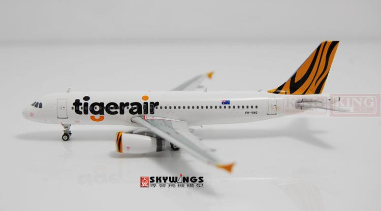 Phoenix 10811 A320 VH-VNQ Tiger Airways 1:400 commercial jetliners plane shark fin winglets Model Hobby