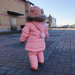 Image 4 - IYEAL/детская одежда для русской зимы лыжный костюм для малышей, парка пуховик + комбинезон комплекты одежды для девочек плотная теплая верхняя одежда для детей