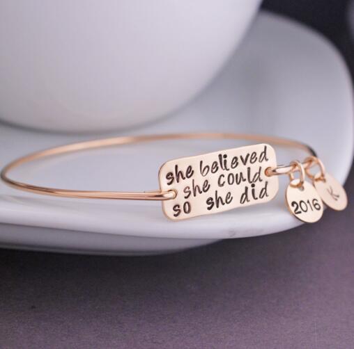 728b960f0824 2018 exquisito ella creyó que ella podría así que ella hizo la pulsera  inspirada pulsera precio de fábrica para las mujeres YP2151 en Brazaletes  de Joyería ...