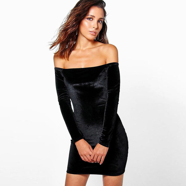 Vestido terciopelo negro corto