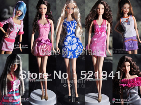 Free Transport Style Dolls Swimsuit Coat eight Kinds Good Garments For authentic Barbie doll,eight items/lot