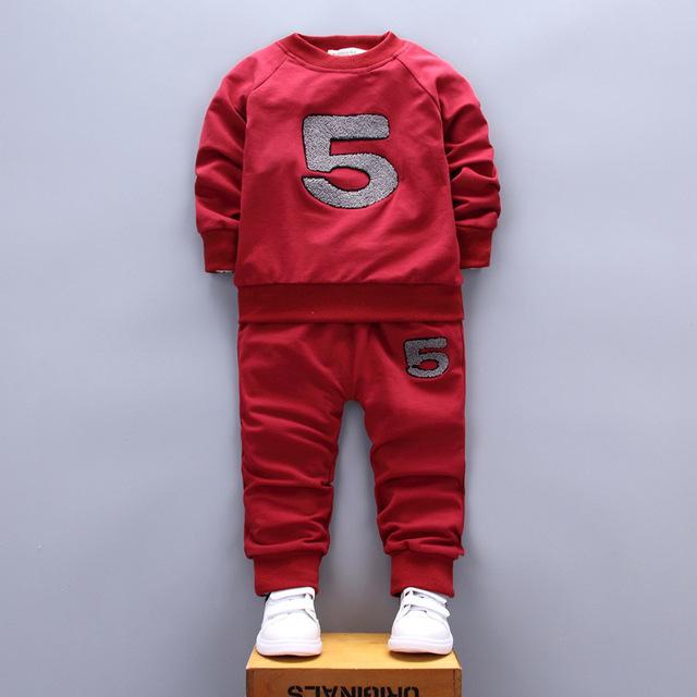 2017 moda infantil meninos clothing set bordado figura 5 casual hoodies do bebê camisolas crianças primavera clothing 2 pcs esporte terno