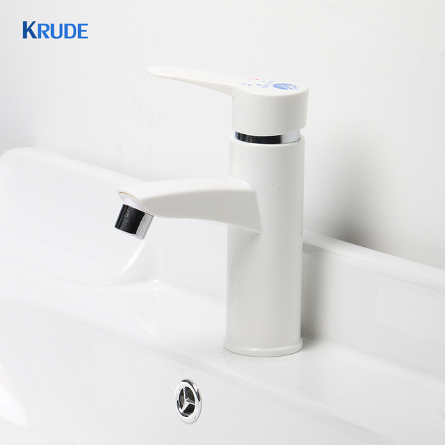 High Quality Plastic Single Handle Bathroom Sink Faucet Hot And Cold