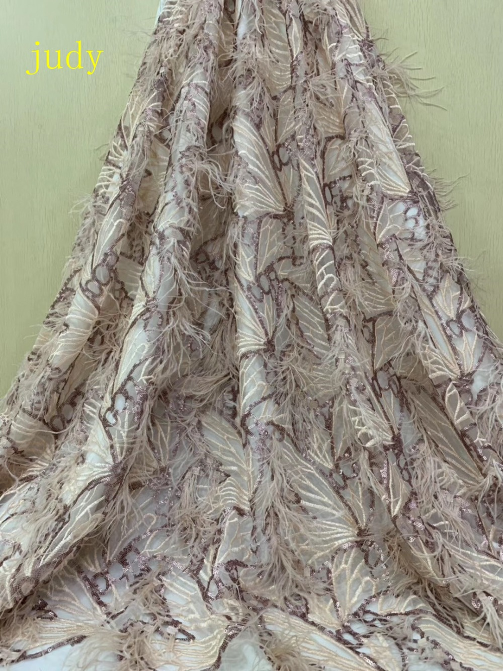 stock  5yards/bag Blended sequins embroidered with dense feathered luxury fabrics are used for the wedding dress party stagestock  5yards/bag Blended sequins embroidered with dense feathered luxury fabrics are used for the wedding dress party stage