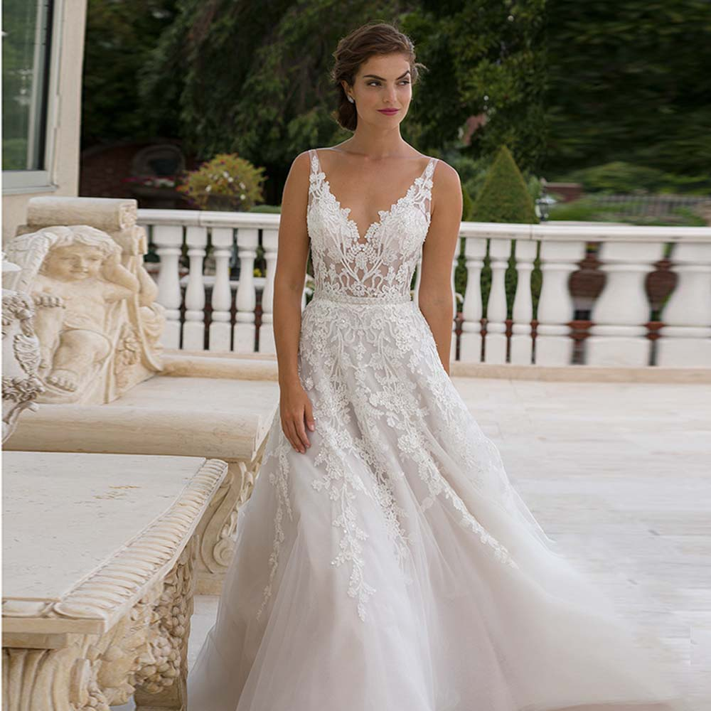 Glamorous Spaghetti Straps V neck Lace Wedding Dresses 2016 V back vestidos de novia robe de