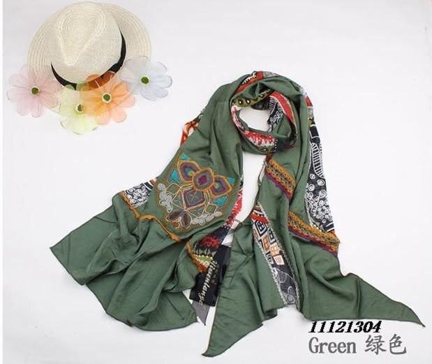 828fdb5e085f Branded fashion scarf