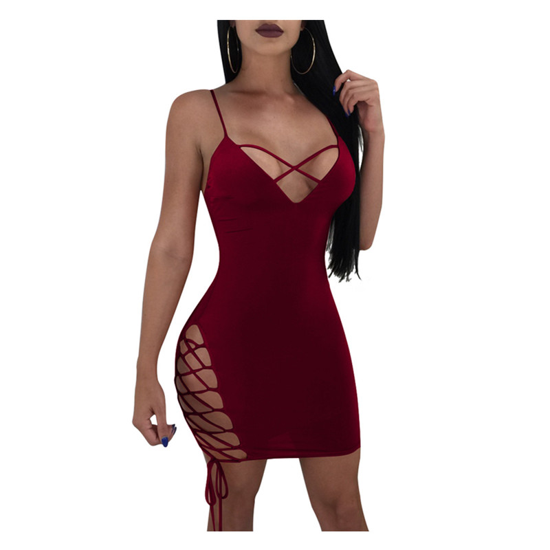 2019 Women Summer Style New Fashion Sexy Cross Strap Dress 3 Colors Grid Cutout Sexy Exposed Backpack Hip Dresses