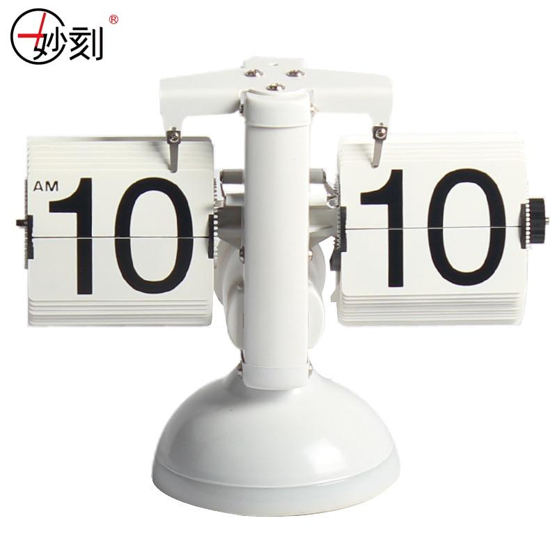Reloj de mesa Creative Libra Flip Clock Control de sonido Luces LED - Decoración del hogar