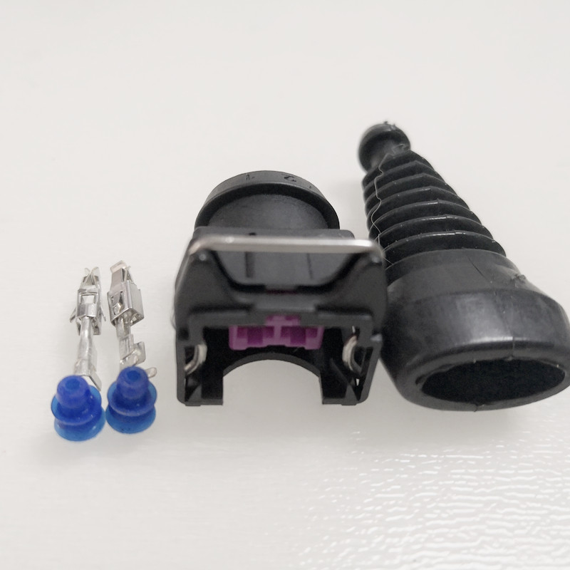 100pcs lot Fuel Injector Connector Plug Clip EV1 With Rubber Boot Sleeve For Bosch 443906232 443