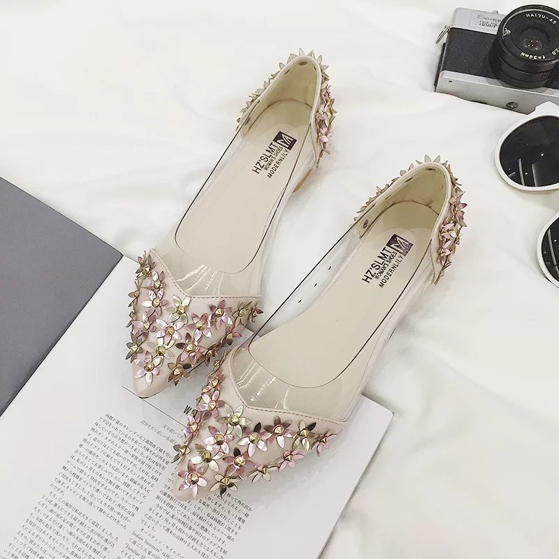 Women Flats Casual Shoes 2017 Summer Sandals Pointed Toe Fashion Shallow Rivet Flower Flat Shoes Woman Loafers Cool Comfortable women flats slip on casual shoes 2017 summer fashion new comfortable flock pointed toe flat shoes woman work loafers plus size