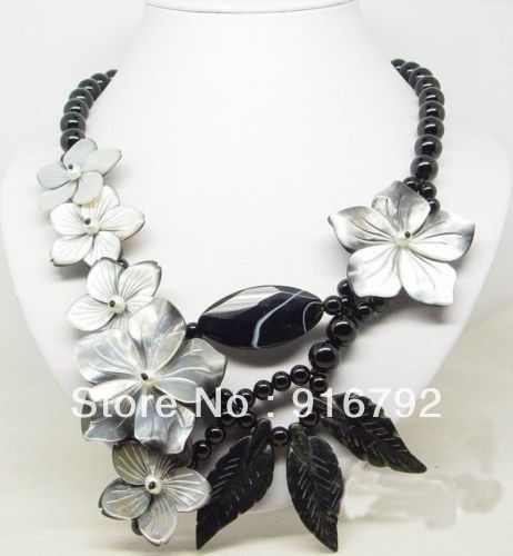 free shipping >>>>>Amazing fresh water pearl leaf shell flower clasp woman's new pendant necklace