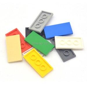 Image 4 - 啓発ブロック建物のレンガのおもちゃスーパーヒーローレンガと互換性 legoes タイル 2 × 4 フラットプラスチック diy のおもちゃ子供 50 個