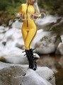 Suitop catsuit De Látex De Caucho en hight quanlity látex de color amarillo como cremallera frontal sin pies