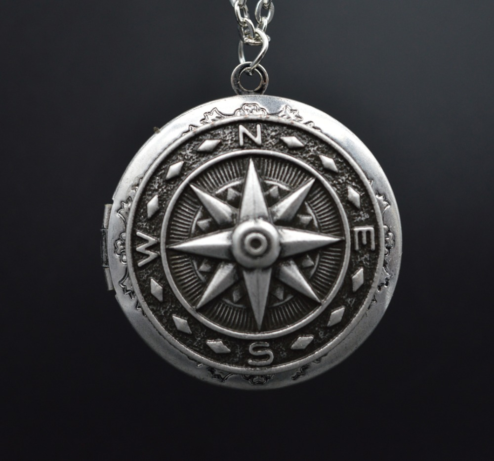 10pcs Compass Locket Necklace For Women Victoria jewelry Daughter Mom Birthday Gift Photo Lockets Pendant XSH265 image