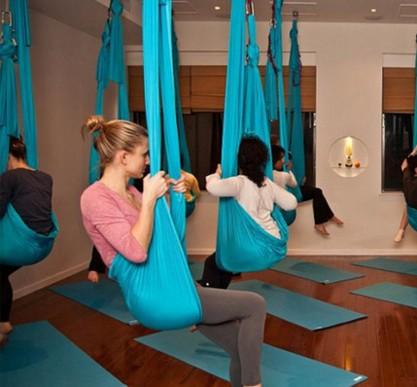 5*2.8 meter full set Aerial Anti-gravity Yoga Hammock Swing Yoga +1 pair carabiner +1 pair extender rope +1pair ring mount 5 2 8 meter full set aerial anti gravity yoga hammock swing yoga 1 pair carabiner 1 pair extender rope 1pair ring mount