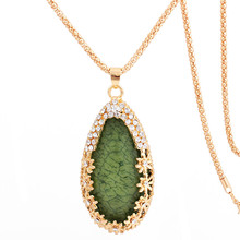 Fashion Jewelry Golden Chain Oval Green Resin Crystal Pendant Long Necklace for Women