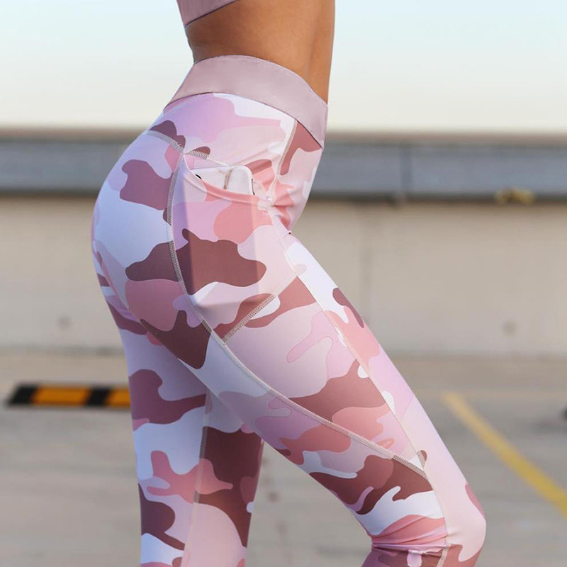 Image 3 - Hot Sale Europe Style Female Sport Suit Women Fitness Sportswear Push Up Print Yoga Set Gym Jogging Suits Running Leggings+Top-in Running Sets from Sports & Entertainment on AliExpress