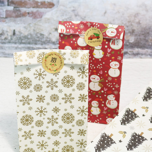 5pcs Snowflake Merry Christmas Paper Bag Snowman Christmas Tree Food Cookie Gift Packing Bag Birthday Party Favor Stand Bags