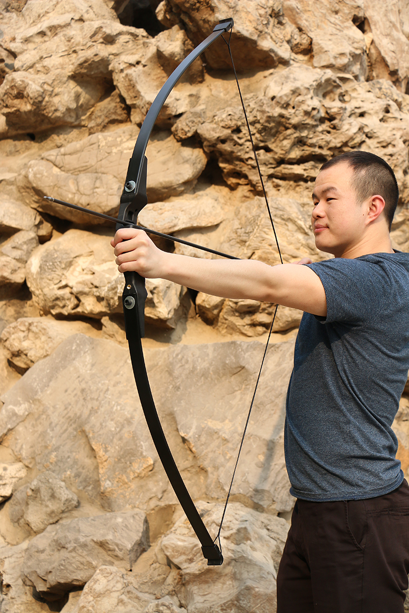 Toparchery 40lbs Recurve Bow for Right Hand Archery Bow Outdoor Shooting Hunting Bow Seal Skin Material