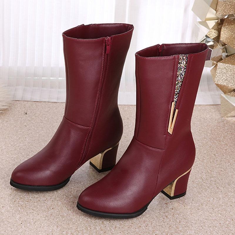 Las mujeres de alta botas de tacones de moda color sólido de LA PU de cuero botas calientes del invierno noble 2016