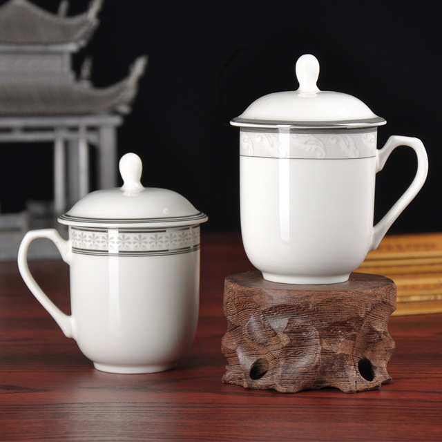 White High Quality Chinese Style Four Styles The Meeting Cup with Cover Ceramic Cup Mug Tea Cup for Office Hotel Use