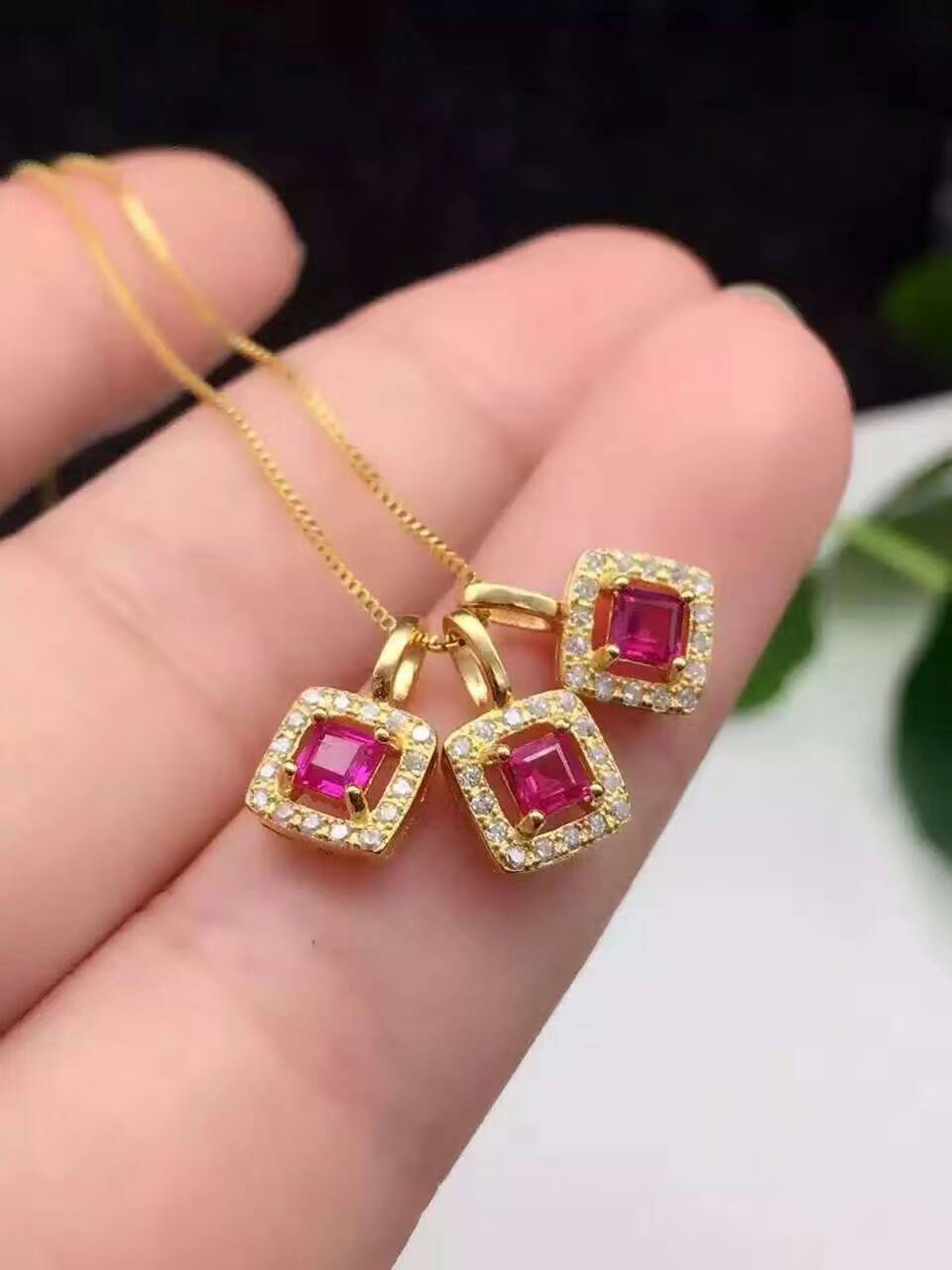 natural red ruby pendant S925 Sterling silver Natural crystal Pendant Necklace trendy elegant Small square women party jewelry