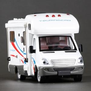 Image 2 - סגסוגת 1:32 קנה מידה מתכת Diecast רכב דגם מנוע יוקרה לאצן בית רכב פנאי RV קרוון קרוואן דגם