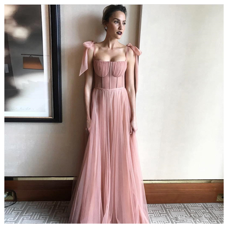 Sexy Pink Wedding Dress 2019 Beach Bride Dress With Big Bow Floor Length Tulle Wedding Gowns Custom Made