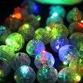 10 Unids/lote 2017 Redondo Color Led RGB Flash Bola Lámparas Poner en la Linterna de papel Mini Globo de Luz Blanca Para El Banquete de Boda decoración