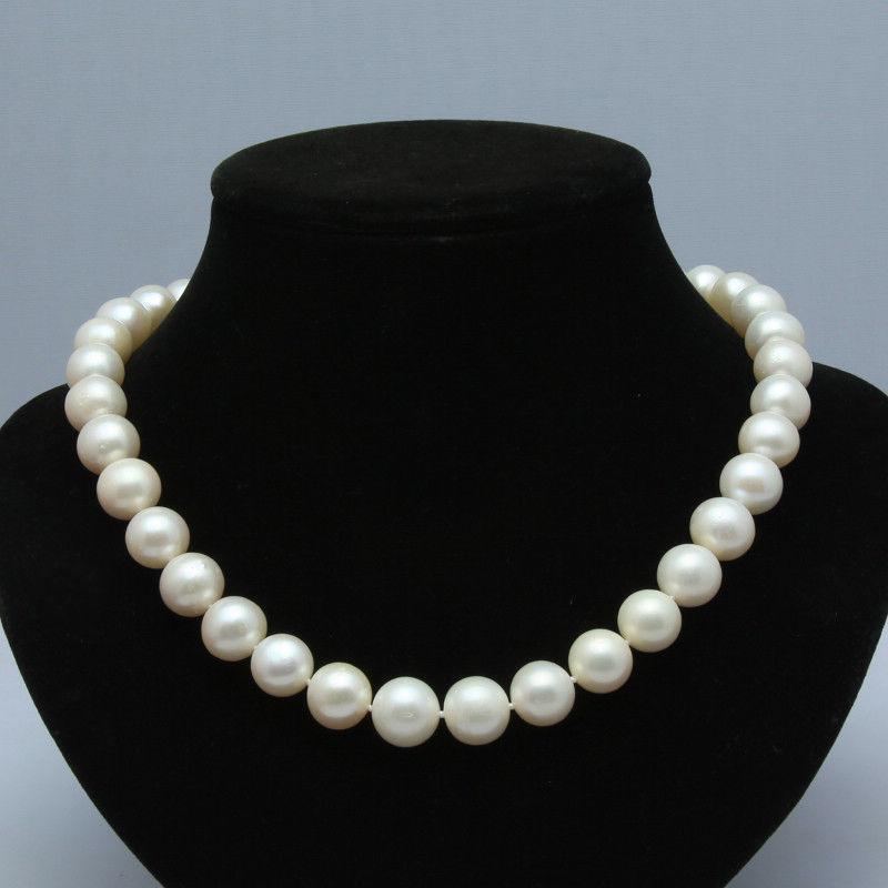 Femmes cadeau mot amour expédition belle AA 10-11mm blanc eau douce collier de perles rondes 17