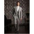 2016 Custom Made Cinza Homens Ternos Para Casamento Padrinho de Casamento Smoking Blazers Formais 3 Peças