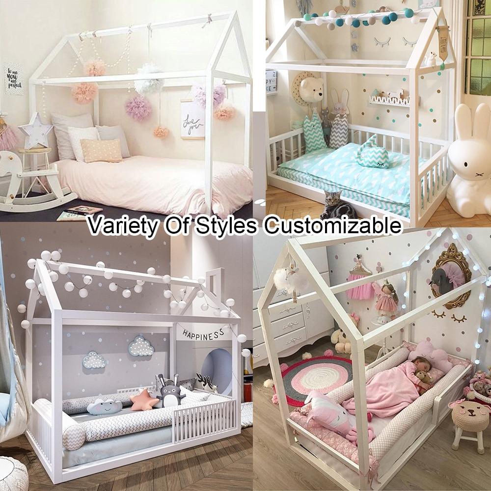 Maison en bois naturelle faite main de cadre de lit de plancher de Montessori, adaptent le matelas de berceau de bébé de lit d'enfants, décorations de chambre de filles de garçons d'enfants