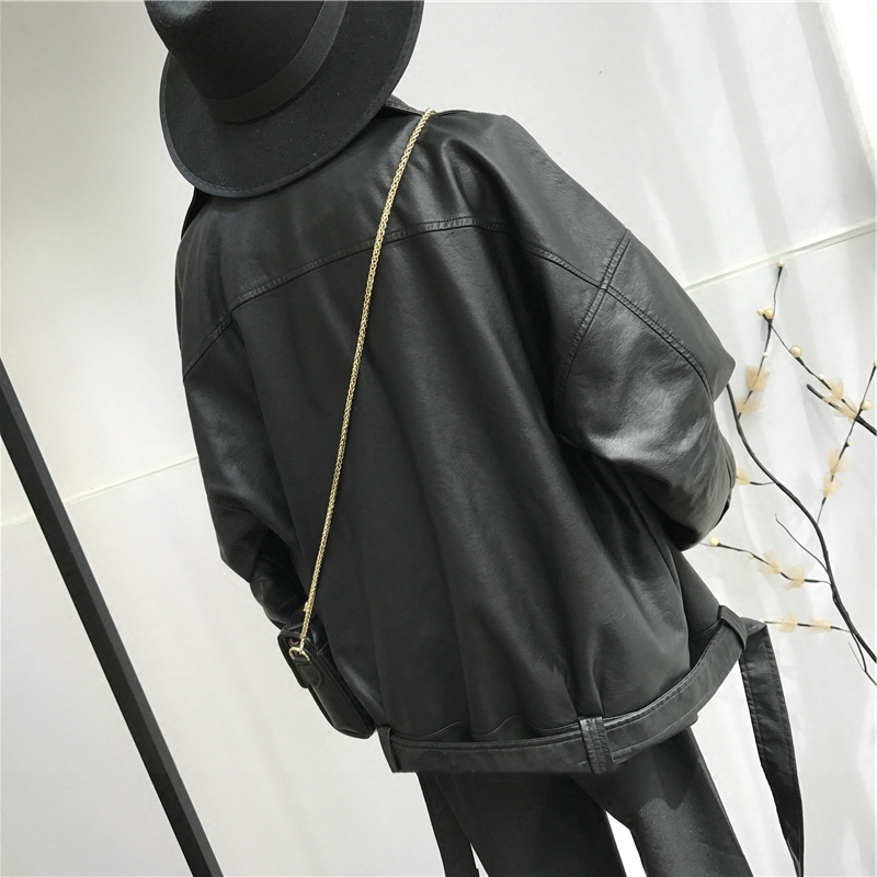 [EAM] High Quality 2020 Spring Black PU Leather Loose Turn-down Collar Zipper Fashion New Women's Wild Jacket LA938 3