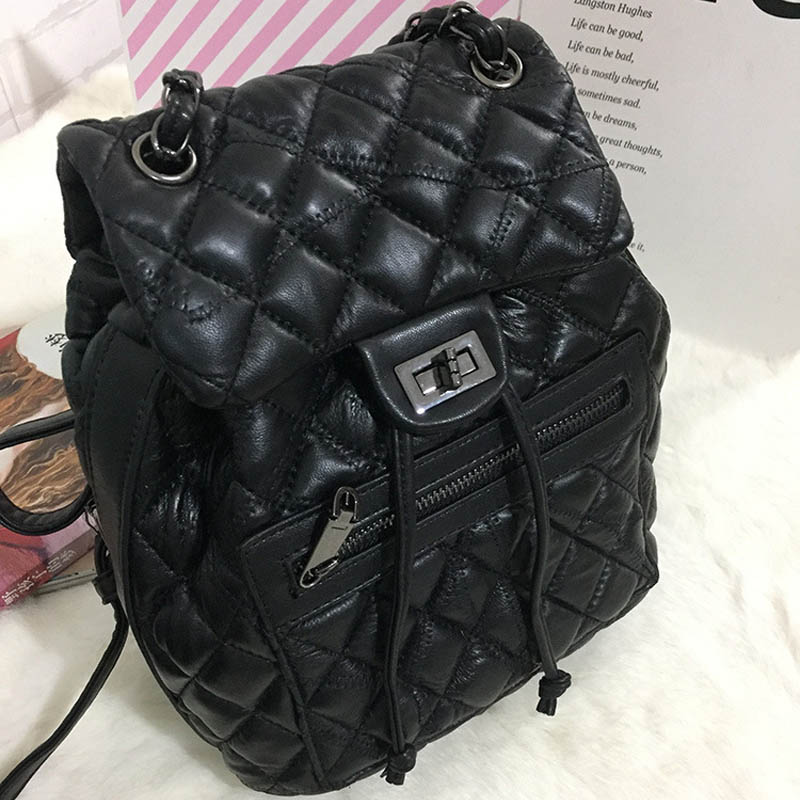 Women Backpack Diamond Lattice Geometry Quilted School Bag Backpacks For Teenage Girl Luminous School Bags Holographic Mochila kaisibo luminous backpack diamond lattice bag travel geometric women fashion bag teenage girl school noctilucent backpack