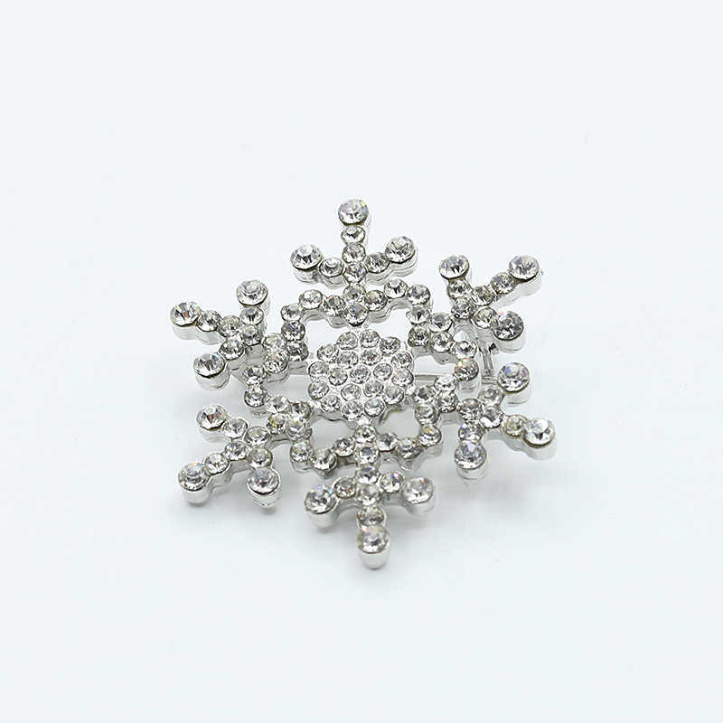 Floco de Neve De cristal Pinos Broche de Strass Broches Emblemas de Prata Banhado A Ouro Jóias Mulheres Homens Roupas de Neve Cachecol Acessórios