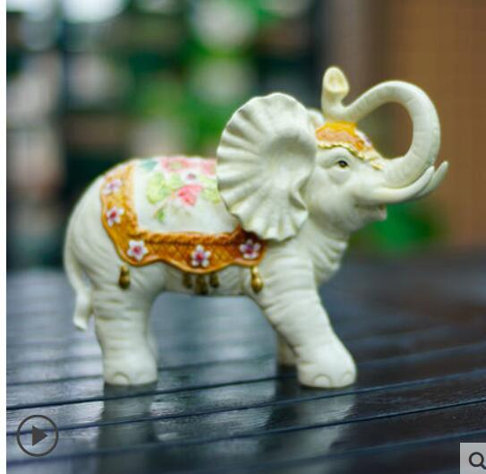 Ceramic lilies small elephant furnishing animal home accessories office  decoration porcelain elephant wedding statue sculpture