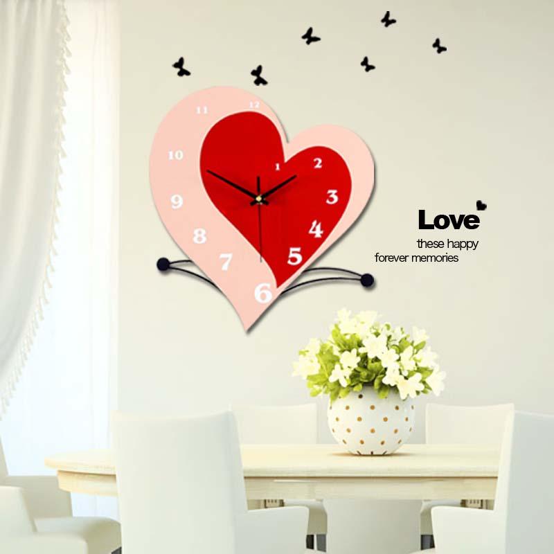 Luminosité, horloge murale personnalisée amour mode brève horloge moderne silencieux montre cadeau