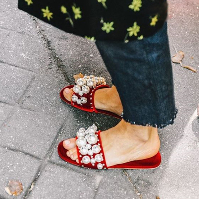 c2d8f0cc563a Street Style Open Toe Velvet Pearl Studded Slide Sandals Women Fashion Shoes  Beading Flat Mules Shoes Women Slippers