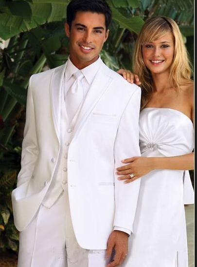 2017 New Arrival White Groom Tuxedos Men\'s Wedding Dress Prom Suits ...