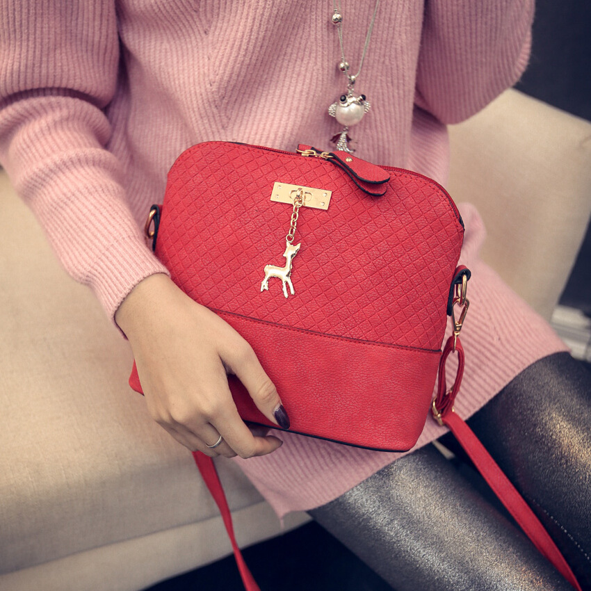 HOT SALE!2017 Women Messenger Bags Fashion Mini Bag With Deer Toy Shell Shape Bag Women Shoulder Bags free shipping #46Sh31/9