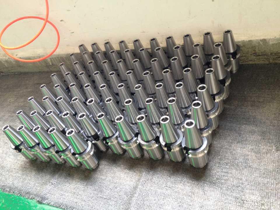 Купить с кэшбэком New 1pcs High speed BT30 BT40 SK10  SK16  Collet chuck holder,BT30 SK10 ,BT30 SK16 ,BT40 SK10 ,BT40 SK16 collet chuck