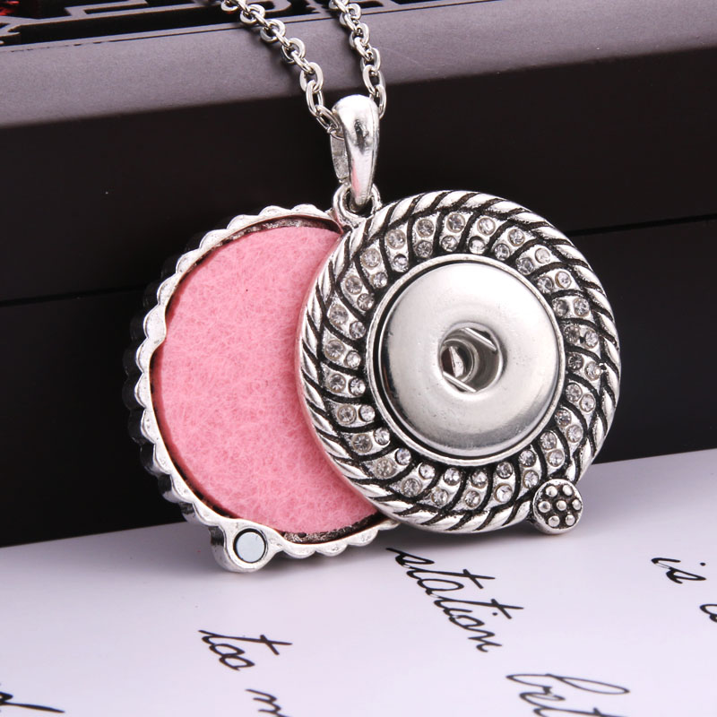 Lovglisten Pendant Butterfly Shape Pendant with 1 Snaps Without Chain Fit 18mm Snap Jewelry
