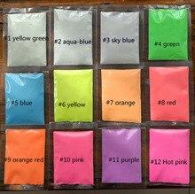 Brilho fluorescente do efeito do pigmento do pó 10 g/saco do brilho do prego de 12 cores no pó escuro cfpb16