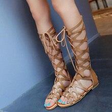 2020 الروماني المصارع ضمادة الصنادل النساء الركبة عالية شقة sandalias بوتاس femininas النساء أحذية الفتيات الصيف جوفاء حذاء بوت بطول الكاحل