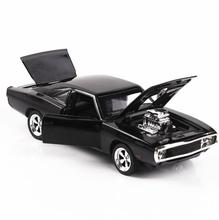 1/32 Diecasts & Toy Vehicles 소리와 빛 수집을 가진 빠르고 격렬한 닷지 자동차 모델 소년 아이들을위한 자동차 장난감 선물