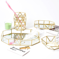 Exquisite Simple Nordic Metal Glass Storage Boxs Fruit Geometric Storage Tray Jewelry Makeup Organizer Desktop Tea Tray Holder